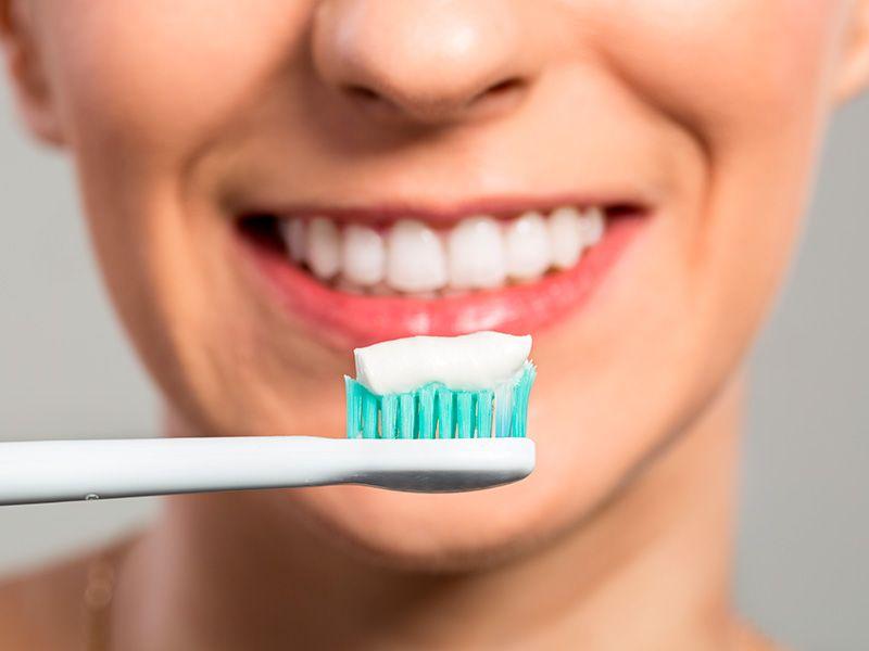 beneficios uso pasta de dientes